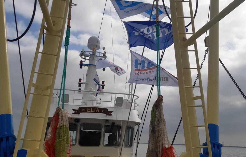 Technische proefvaart garnalenkotter Volvo Penta Marine Dieselmotor